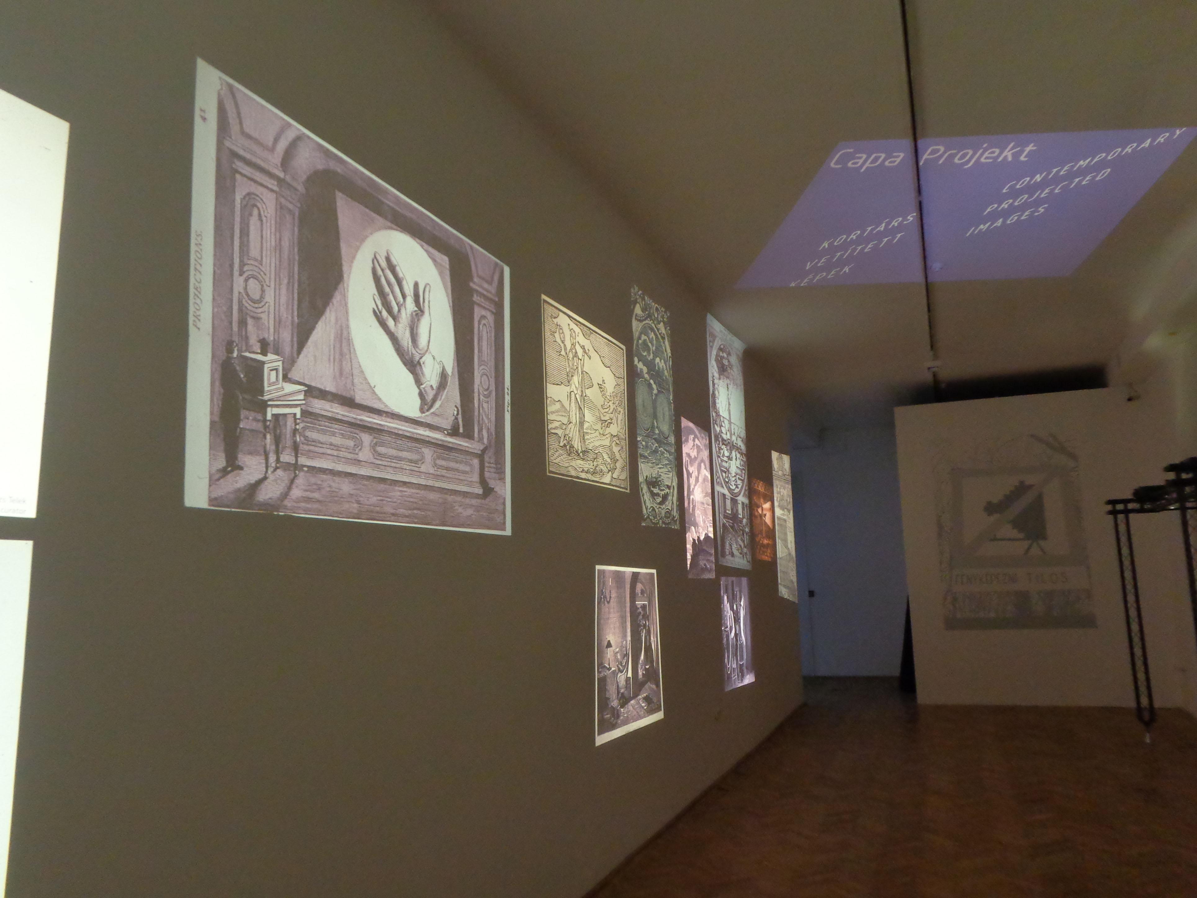 Der Auftakt der Ausstellung zeigt Abbildungen aus dem 18. und 19. Jahrhundert.