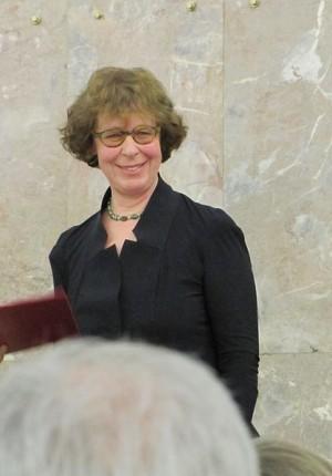 Barbara Klemm bei der Verleihung des Max Beckmann-Preis im Februar 2010 in der Paulskirche Frankfurt. Foto: Dontworry/commons.wikimedia.org (CC)