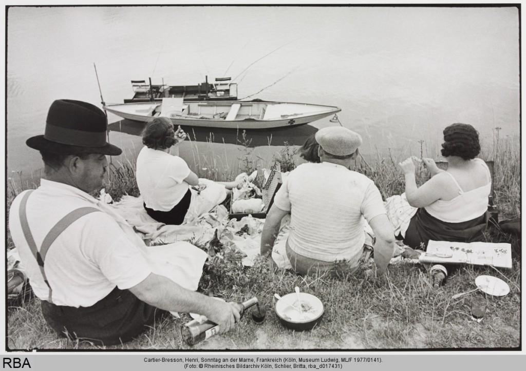 Henri Cartier-Bresson: Sonntag an der Marne, 1938, Print, Silbergelatine 27,5 x 39,9 cm