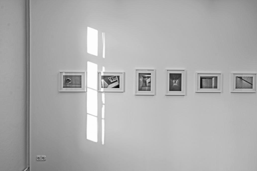 """Fotografien von Andreas Gießelmann in der Ausstellung """"Das regionale Gedächtnis"""" im Photomuseum Braunschweig."""