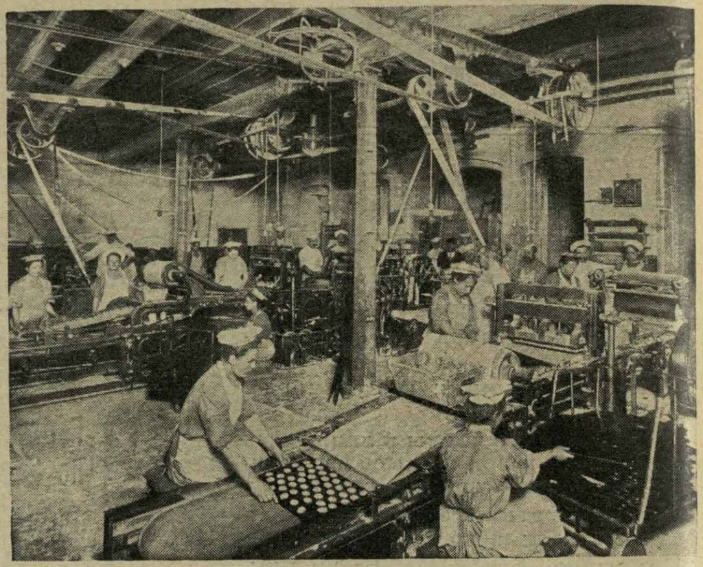 Biskuitabteilung in Fabrik in Russland, ca. 1910