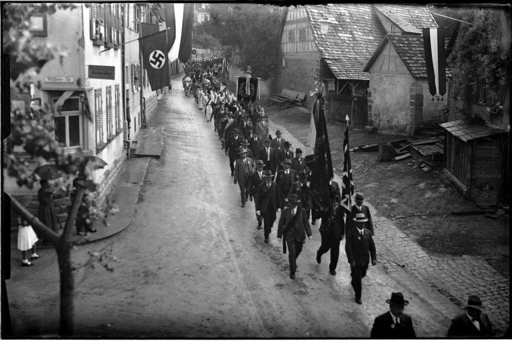 Feuerwehrfest 1934, Fotografischer Nachlass Albert Gehring © Stadtarchiv Ditzingen (Digitalisat des Glasplatten-Negativs, Bild Nr. 0104)