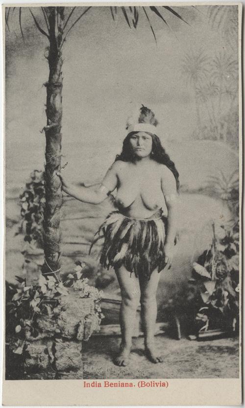 Weiblicher nackter Indianer